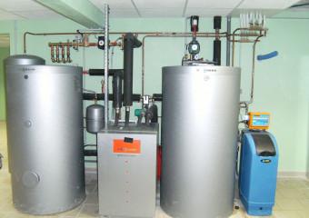 Installation d'un système de chauffage et traitement d'eau